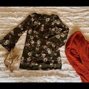 Dee Elly Bell Sleeve Dress